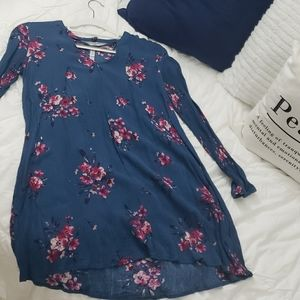 Blue flower dress with cold shoulder cutouts